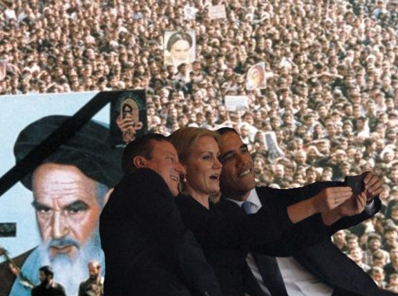 khomeini funeral selfie