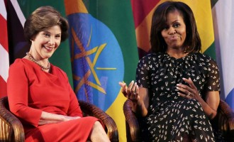Did You See Laura Bush School Michelle Obama?