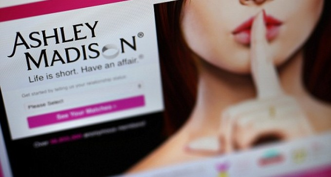 article everything know about ashley madison hack