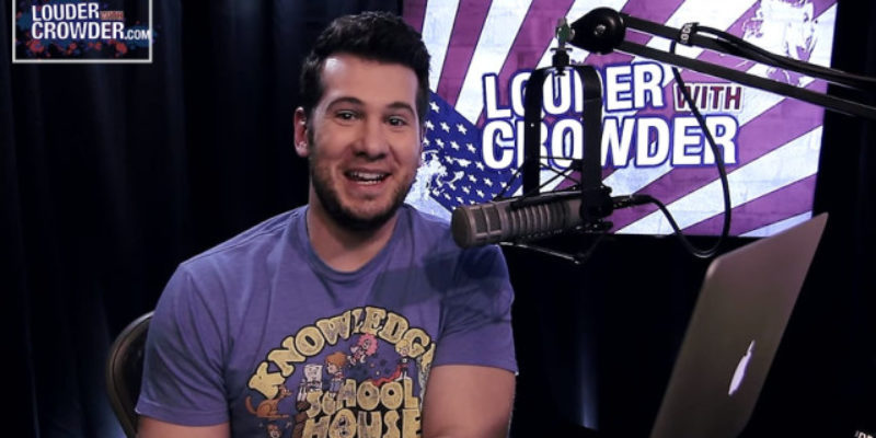 """VIDEO: Steven Crowder Tries To Exploit The """"Gun Show Loophole,"""" And The Result Is Hilarious"""