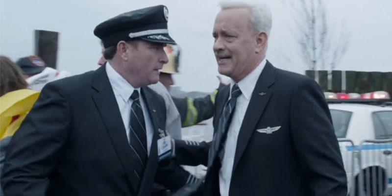 """VIDEO: Here's The Trailer For The Upcoming Clint Eastwood-Tom Hanks Flick """"Sully""""…"""