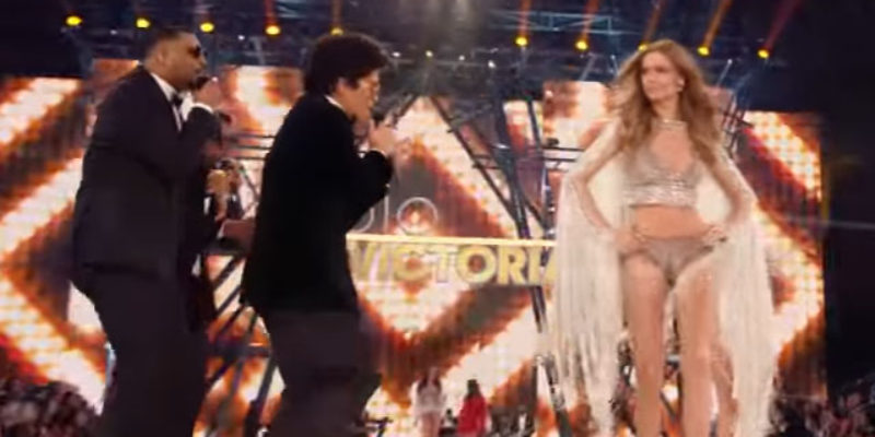 VIDEO: It Turns Out That The Victoria's Secret Fashion Show Was Really Just A Well-Decorated Bruno Mars Concert