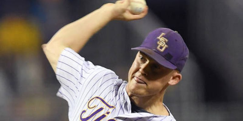 Russell Reynolds Might Be The Perfect Choice To Start Tonight For LSU