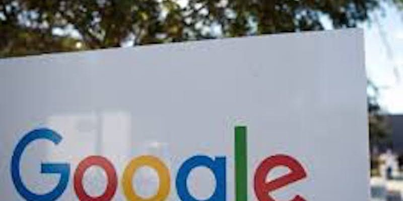 Is Google's Eric Schmidt a Human Rights Abuser? What level of Clinton Corruption is he involved in?