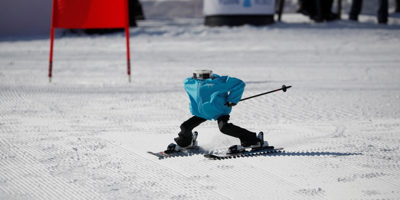 Robot Ski Challenge Aims to have non-human Winter Olympics [video]