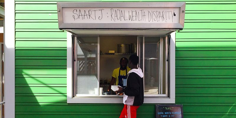 Louisiana Food Stall Charges Whites More than Anyone Else