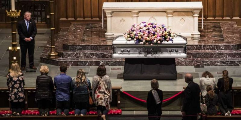 5,000 people pay respects to Barbara Bush on Friday [videos]
