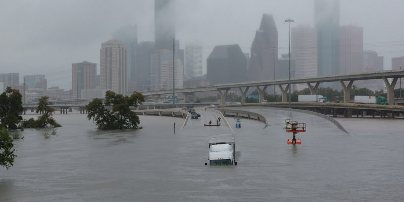 Time lapse capture dramatic flooding in Houston [video]
