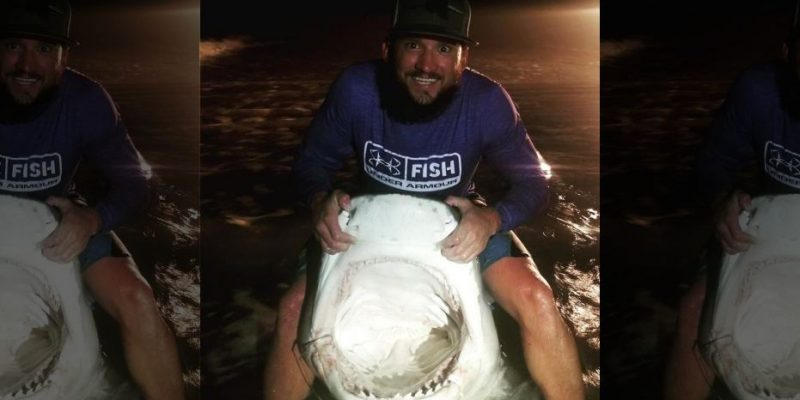 Even sharks are bigger in Texas: man reels in 12-footer
