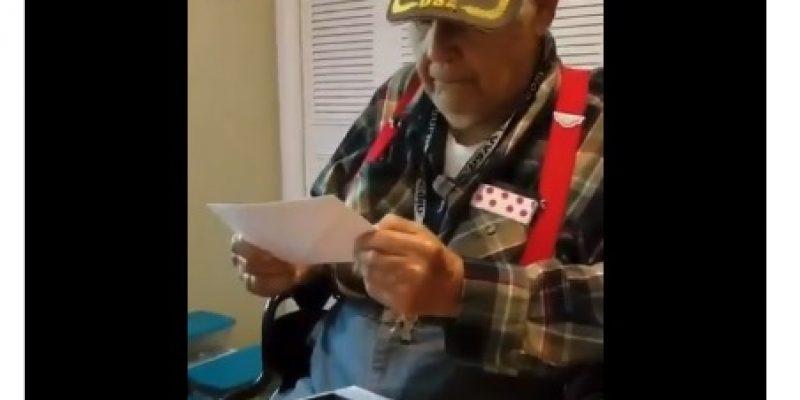 Sweet: WWII Veteran receives birthday card from President Trump [video]