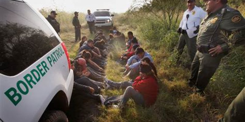 More families crossing illegally into Arizona, Texas