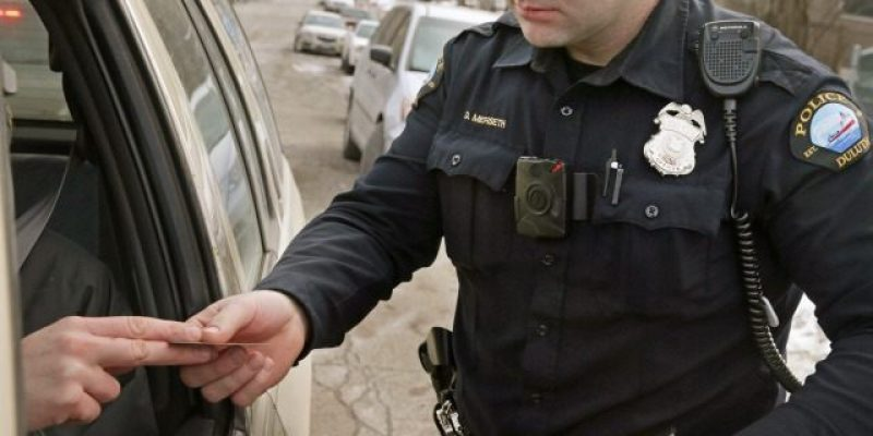 What not to do when you get pulled over — according to cops [video]