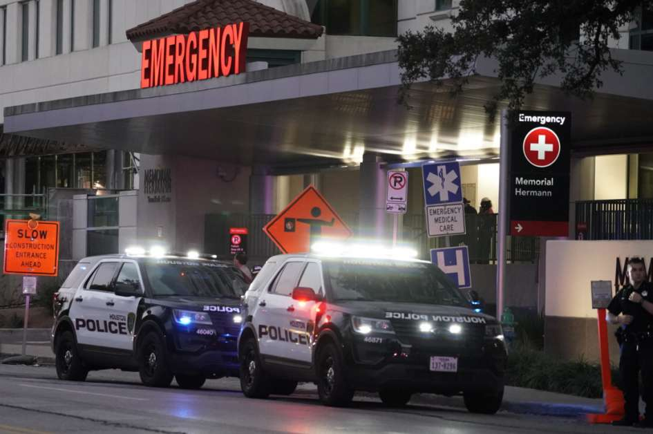 Shooting Update: Houston Shooting Update: Four Officers Shot, Two Suspects Dead