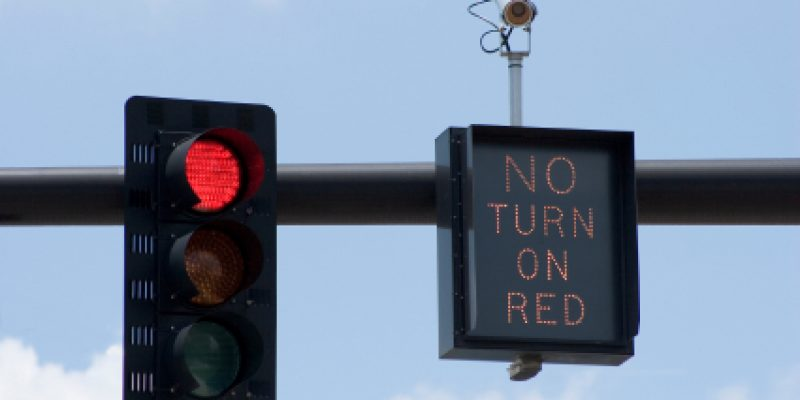 Analysis shows red light programs in Texas don't prevent accidents