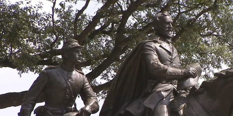 BATISTE: Dallas' Robert E. Lee Monument Re-erected on Texas Golf Course
