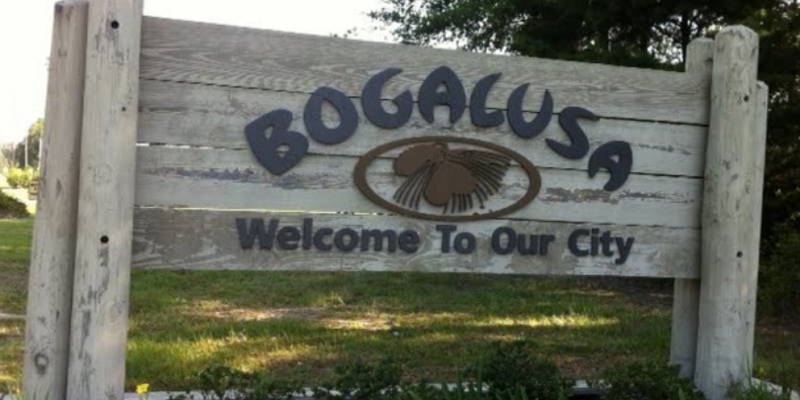 Judge appoints administrators to help tiny Louisiana towns in debt