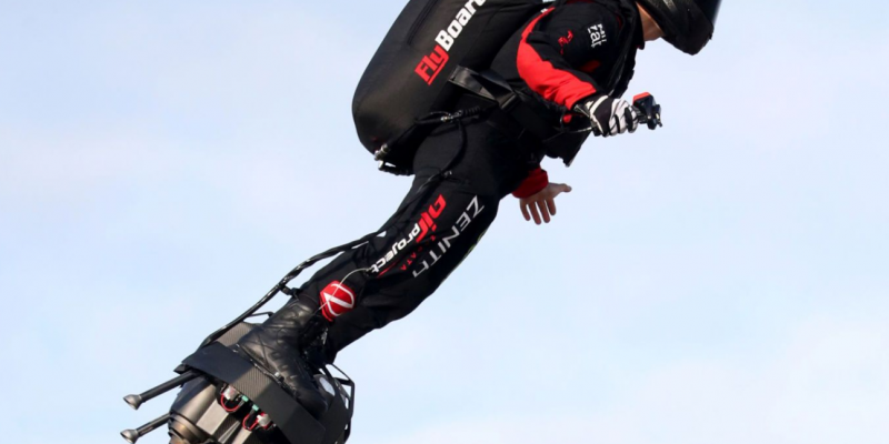 Incredible: French hoverboard inventor crosses English channel