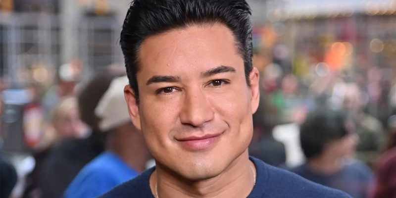 CROUERE: Mario Lopez vs. The Twitter Mob