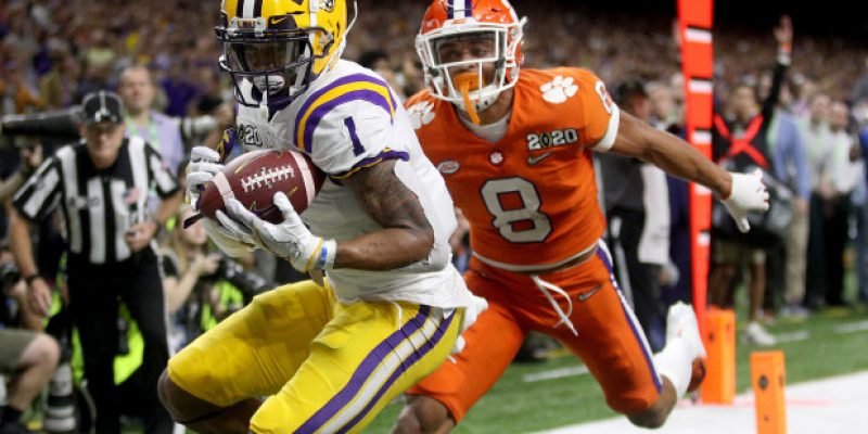 """GROWN MAN"": LSU Receiver Gets High Praise from ESPN Analyst"