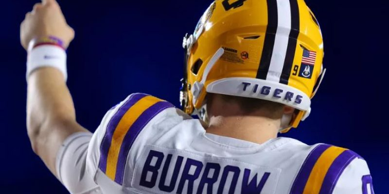 """DON'T DO THAT"": Joe Burrow Has Clear Opinion on Comparison Talk"