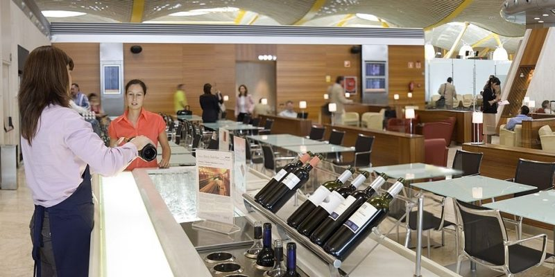 Austin: Your Bar Must Close … Unless You're The Admirals Club