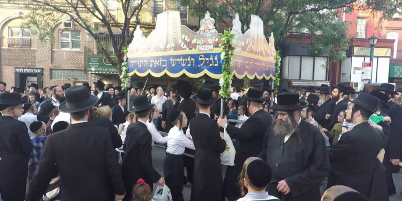 Catholic Priests and Orthodox Jewish Congregants Sue New York Governor in Federal Court For Civil Rights Violations