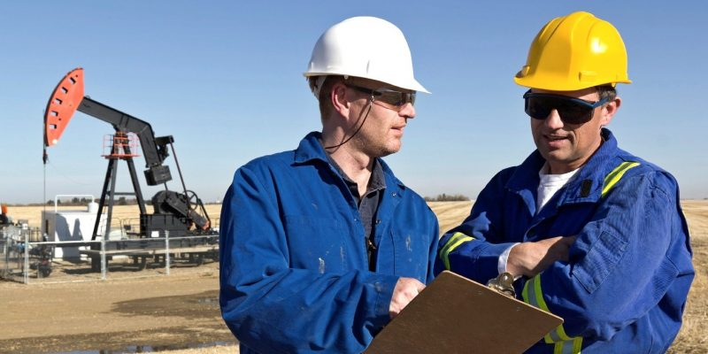 """Report lists petroleum engineers as """"most iconic job"""" in Texas"""